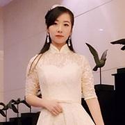 王越 / 钢琴教师