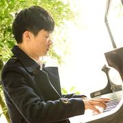 秦福胜 / 钢琴教师